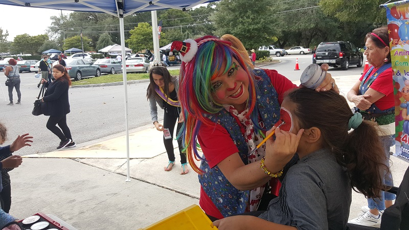 Face Painting Tenchita at Plaza del Sol